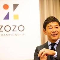 熱心なゴルファーでもある前澤社長。実はレフティだ 2018年 ZOZO前澤友作社長