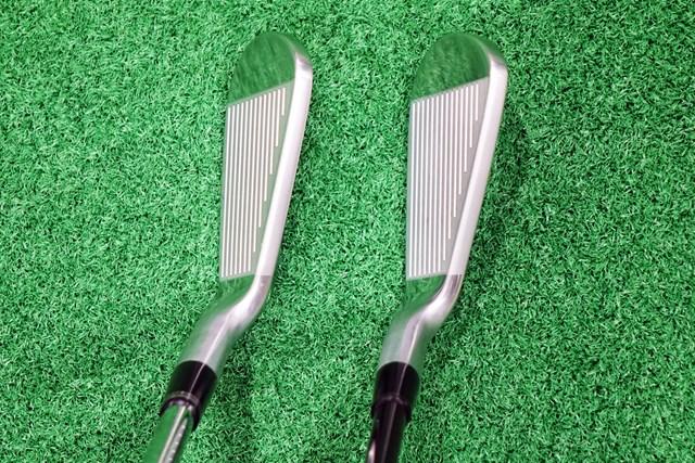 左が前モデルZ565、右が新モデルZ585。見た目の印象はほぼ一緒