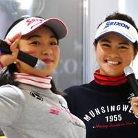 三浦桃香(左)と新垣比菜は2人で初のトークショーを行った 2018年 トークショー 三浦桃香 新垣比菜