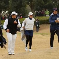 石川遼(右)はアマチュアの岩井千怜、篠崎勇真と一緒にプレーした 2018年 フューチャーツアー 石川遼