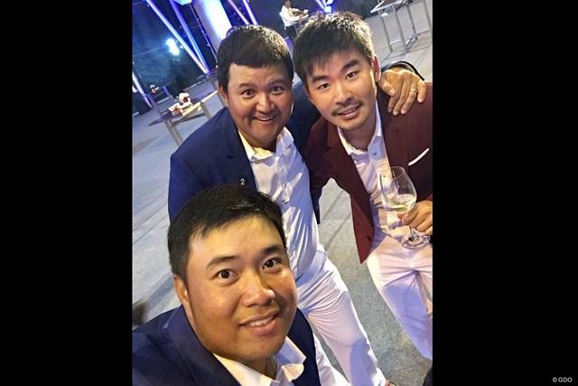 アフィバーンラト選手(左下)、ミーサワット選手(左上)と一緒に。僕は日本チームですが!