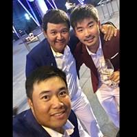 アフィバーンラト選手(左下)、ミーサワット選手(左上)と一緒に。僕は日本チームですが! 2018年 アマタフレンドシップカップ 事前 キラデク・アフィバーンラト プロム・ミーサワット 川村昌弘