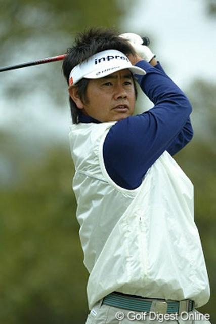 スコアを3つ伸ばした藤田寛之が単独首位に浮上した