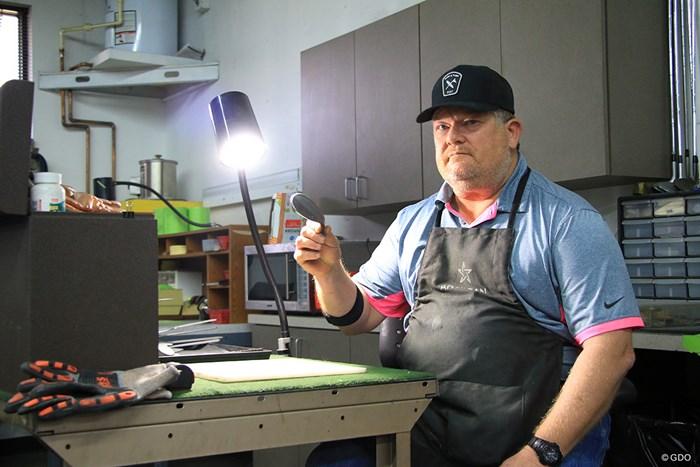 かつてナイキのクラフトマンだったマイク・テーラー氏 2018年 マイク・テーラー氏