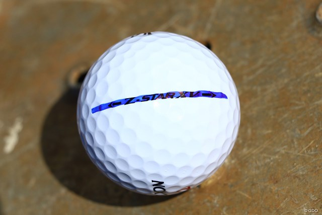 ボールは住友ゴム工業の「スリクソンZ-STAR XV」を使用