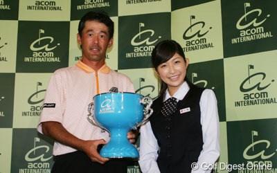 恵みの雨!?鈴木亨が2年ぶりの優勝