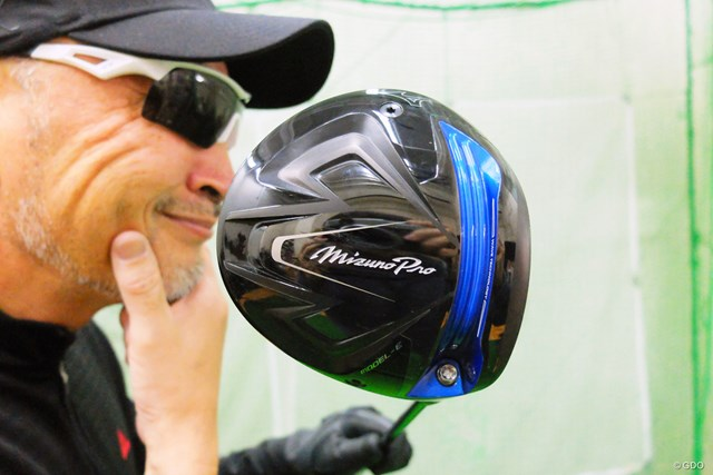 日本のゴルファー目線で作られた「ミズノプロ モデル-E ドライバー」をマーク金井が徹底検証