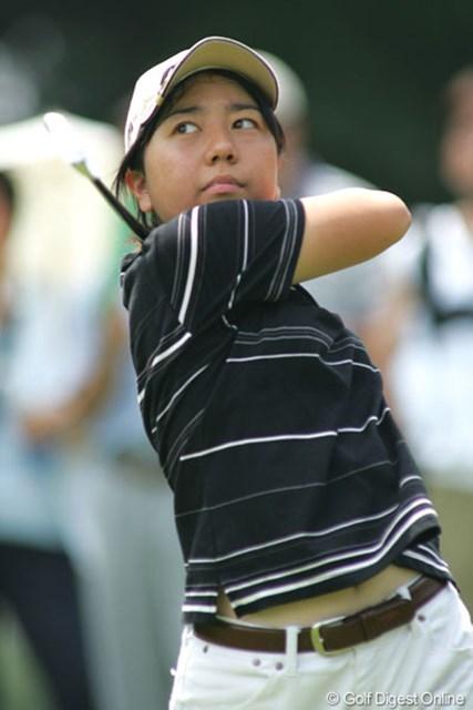 2004年 スタンレーレディスゴルフトーナメント 初日 宮里美香 大会初日、女王不動と並び首位発進の14歳宮里美香