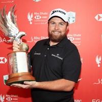初日から首位を守る完全優勝で4季ぶりのタイトルを手にしたローリー(Andrew Redington/Getty Images) 2019年 アブダビHSBCゴルフ選手権 最終日 シェーン・ローリー