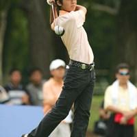 各選手苦戦している中、見事予選通過した14歳の伊藤涼太 2004年 サントリーオープンゴルフトーナメント 2日目 伊藤涼太