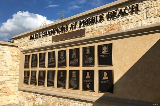 ペブルビーチGLに飾られている当地で誕生したメジャー(全米アマ含む)王者の記念パネル
