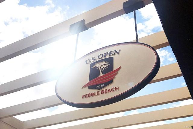 2019年 AT&Tペブルビーチプロアマ ペブルビーチGL コース内にはすでに全米オープンのロゴが掲示されている
