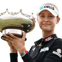 通算2勝目を飾ったネリー・コルダ。姉ジェシカとの同一大会姉妹優勝を果たした(Daniel Kalisz/Getty Images) 2019年 ISPS HANDA オーストラリア女子オープン 最終日 ネリー・コルダ