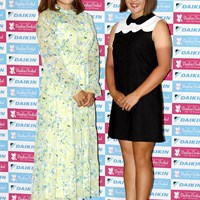 (左から)有村智恵、永井花奈 2019年 ダイキンオーキッドレディスゴルフトーナメント 事前 (左から)有村智恵、永井花奈