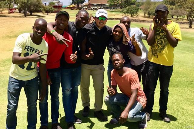 ケニアのゴルフ場でできた友だち!今週はアフリカでプレーします