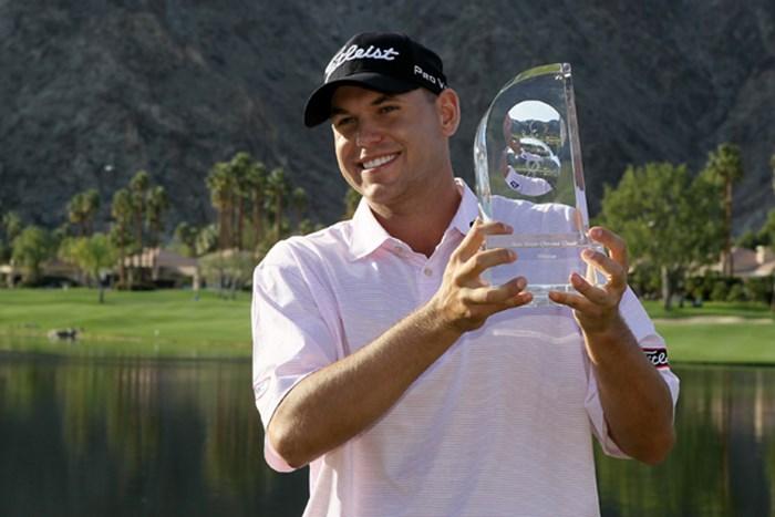 長丁場の戦いを制し、ツアー初勝利を手にしたB.ハース(Jeff Gross /Getty Images) 2010年 ボブホープクラシック最終ラウンド ビル・ハース