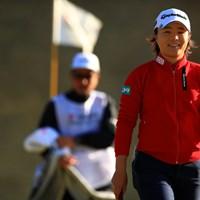 寒いって呟いてたのをキャッチ! ごめんファインダー越しに分かっちゃった 2019年 ヨコハマタイヤゴルフトーナメント PRGRレディスカップ 2日目 永峰咲希