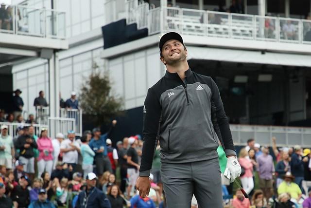 ラームが「64」をマークし首位に浮上した(Gregory Shamus/Getty Images)