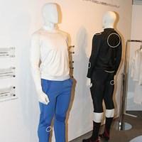 リズム&バランスには30、40代男性用のウェアもあるが、同社では機能性のインナーウェアもある 2010年 ホットニュース 宅島美香ウェア契約発表会