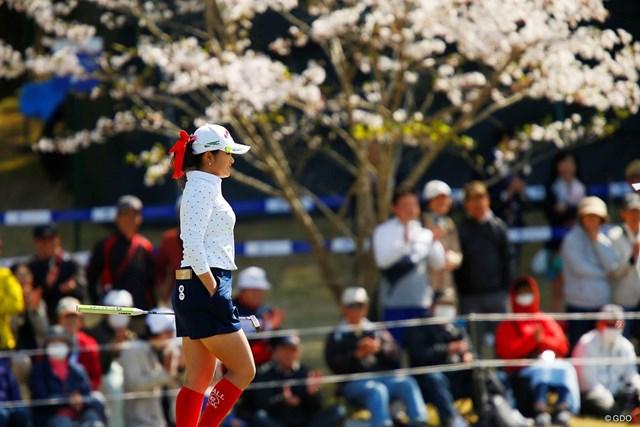 2019年 アクサレディスゴルフトーナメント in MIYAZAKI 最終日 河本結 タイガー・ウッズに憧れ赤いリボンをつける河本結