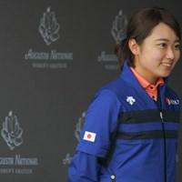 オーガスタナショナル女子アマチュアの第1回大会に出場した安田祐香。練習日は帽子を取ってインタビューを受けた 安田祐香