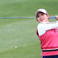「ゴルフアカデミー中島」に在籍する吉本ひかるが5位タイで初日を終えた 2019年 スタジオアリス女子オープン 初日 吉本ひかる