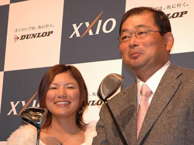横峯さくら、中嶋常幸が4代目ゼクシオを試打した感想を披露。さて、注目クラブの性能は!?