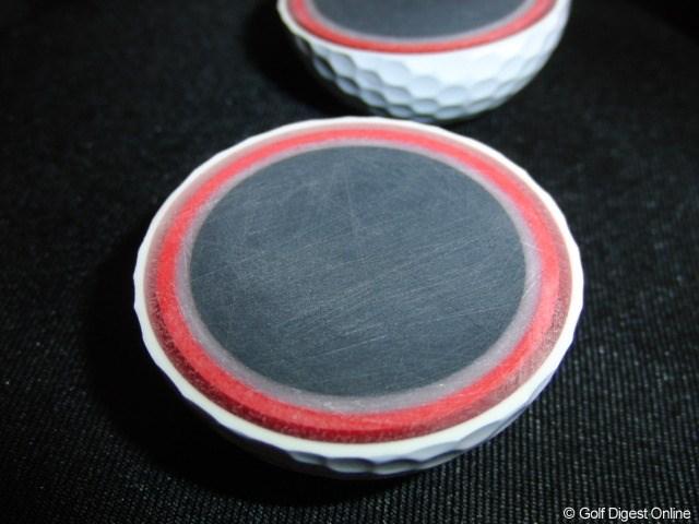 ギアニュース 取材情報 テーラーメイド2010新製品_33 FIVE TPボール 名前どおりの5層構造