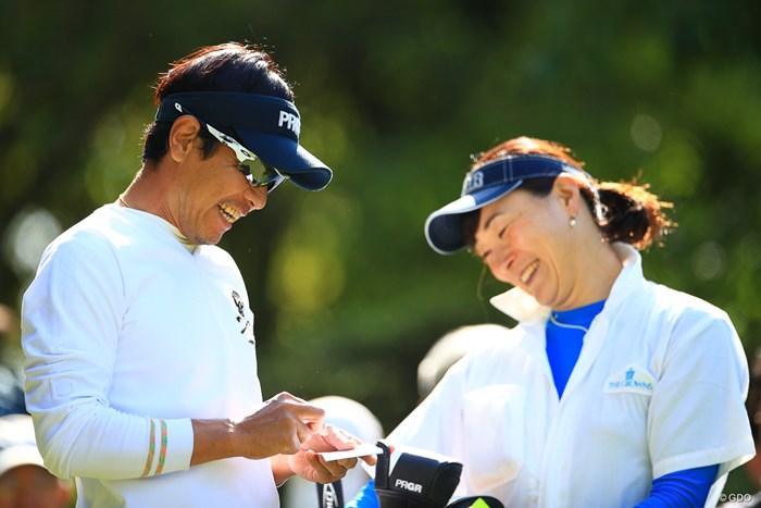 私と矢野さんが女性を笑わせた時の顔が天と地ほどの差があるのだろう 2019年 中日クラウンズ 初日 矢野東