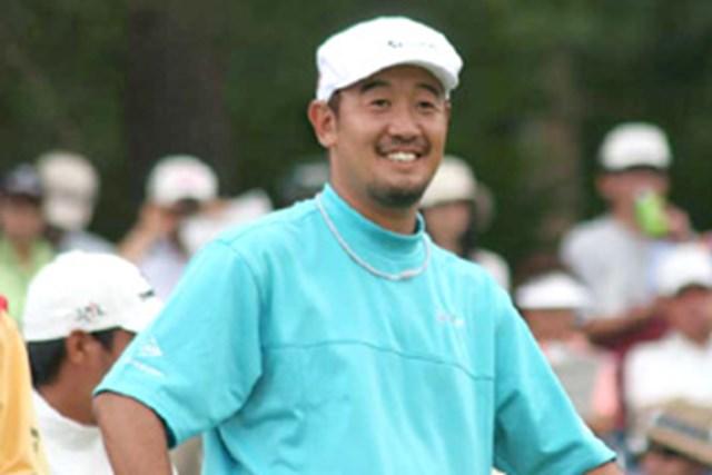 """お気に入りのハンチング帽を被り「""""職人ゴルファー""""っぽくていいでしょ?」とご機嫌の田島創志"""
