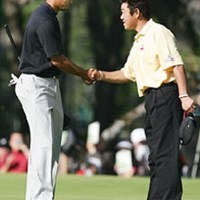 """急遽タイガー・ウッズと一緒にラウンドし、「一生の宝物」となる貴重な経験をした""""日本一の幸せもの""""の中川勝弥 2005年 プレーヤーズラウンジ 中川勝弥"""