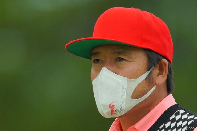2019年 アジアパシフィックオープン選手権ダイヤモンドカップゴルフ 最終日 チェ・ホソン 名前とマークの入ったオリジナルマスク。よく見ると手書きです。