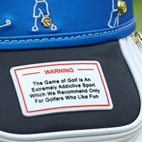 全米プロ仕様のバッグには「ゴルフはとても中毒性が高いので、ゴルフを楽しめる方以外にはお勧めしません」の注意書き 2019年 全米プロゴルフ選手権 事前 テーラーメイド