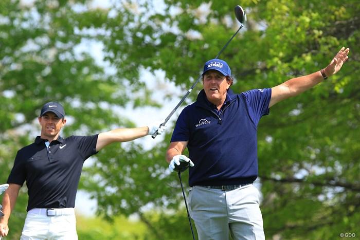 ゴルフ観戦、ボールの行方にはご注意を 2019年 全米プロゴルフ選手権 2日目 フィル・ミケルソン