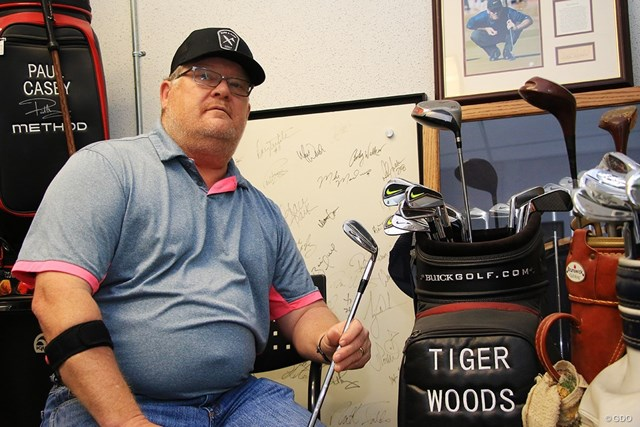 2019年 全米プロゴルフ選手権 2日目 マイク・テーラー ウッズのクラブを削り続けたテーラー氏