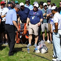 11番ではボールがギャラリーの持ってきたバッグの上に止まってしまった 2019年 全米プロゴルフ選手権 3日目 松山英樹
