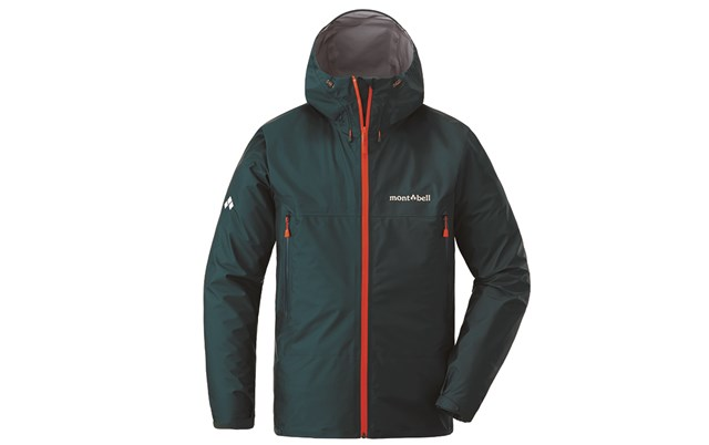 レインウェア比較 モンベル 登山中の急な大雨にも耐えられるレインウェア(画像提供:モンベル)