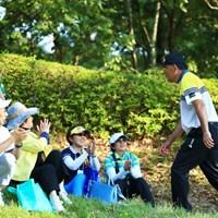 ギャラリーも知ってか知らずか惜しみない拍手 2019年 関西オープンゴルフ選手権競技 2日目 中嶋常幸