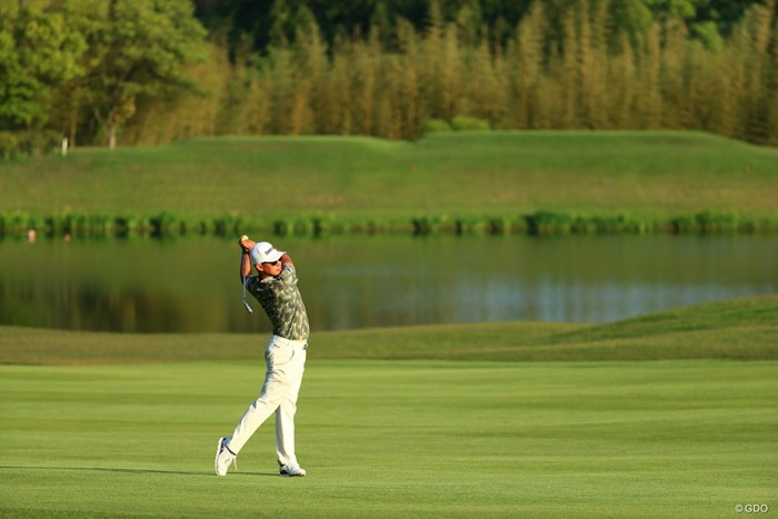 グリーンへ一直線 2019年 関西オープンゴルフ選手権競技 2日目 中西直人