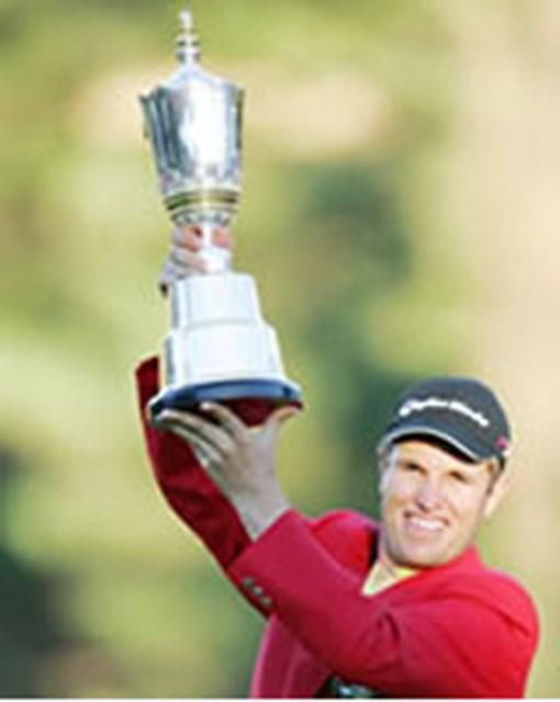 今季の最終戦を大逆転で飾ったオーストラリア出身のポール・シーハン。これで今季の外国選手の優勝回数は史上最多の15度目となった。