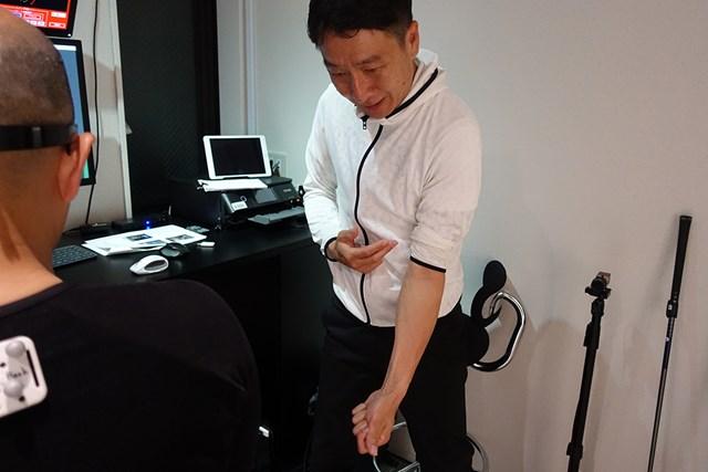 今回の受講者の場合、左腕のターンは引っかけにつながりやすい