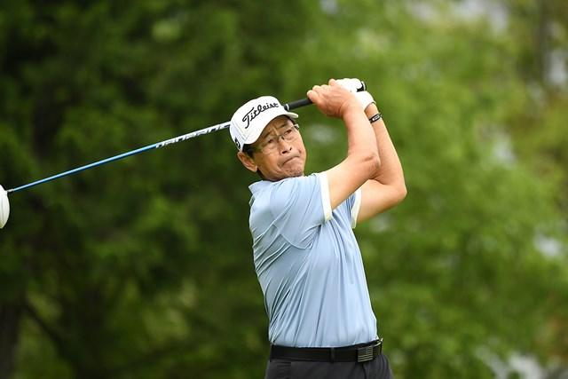 首位に浮上したデビッド・イシイ(写真提供:日本プロゴルフ協会)