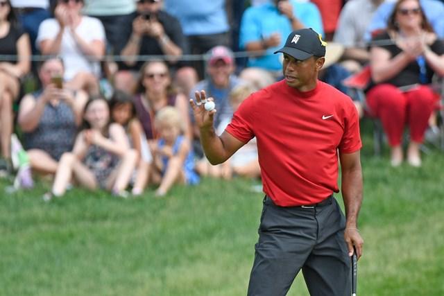 終盤に失速したが「67」でトップ10に飛び込んだウッズ(Sam Greenwood/Getty Images)