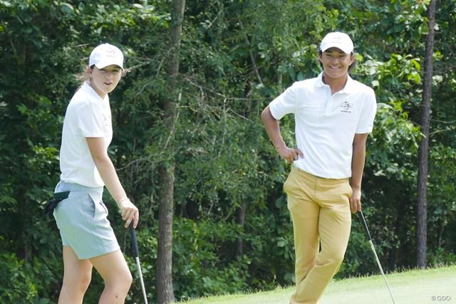 ウェイクフォレスト大の青島賢吾と、PGAツアーでも活躍するライアンの妹、ガビー・ラッフルズ
