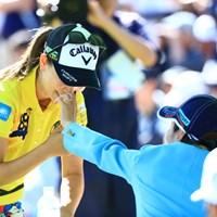 何かついてるの? 2019年 宮里藍サントリーレディスオープンゴルフトーナメント 初日 上田桃子