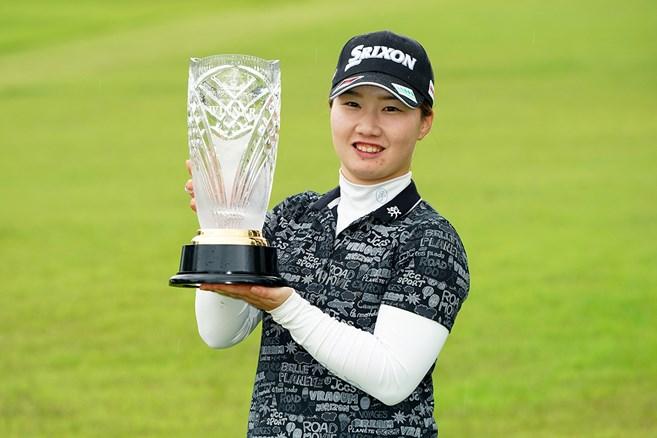 21歳石川明日香が2季ぶり3勝目/ステップアップツアー
