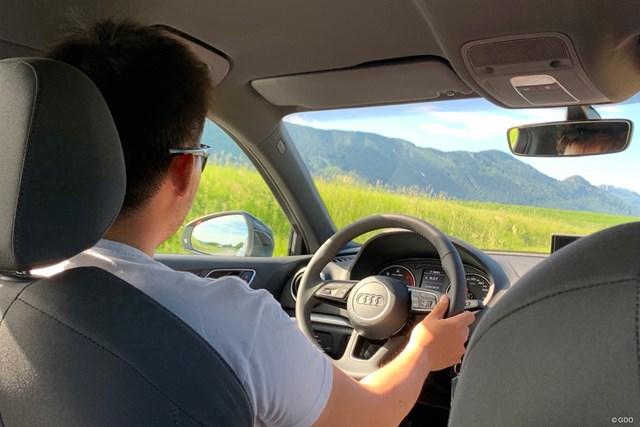 BMWの大会ですが…僕は移動が自由にできるレンタカーをチョイス。アウディが出てきました笑