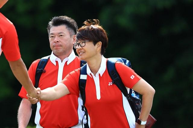 2019年 トヨタジュニアワールドカップ 最終日 岩本砂織 ナショナルチームの指導にも携わっている岩本砂織さん(右)