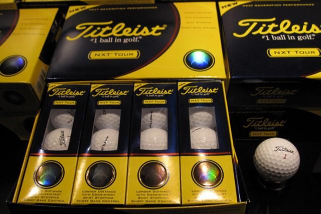 ギアニュース 「VG3ゴルフボール」が登場!タイトリスト、コブラ、フットジョイ新製品発表会 NO.4 飛距離とスピン性能を両立した「タイトリスト NXTツアーボール」