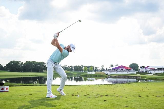 プロ3戦目で優勝を果たしたマシュー・ウルフ。独特のスイングも話題だ(Ben Jared/ PGA TOUR/Getty Images)